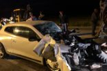Otomobil traktöre çarptı: 2 ölü