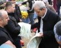 Vatandaşlara bez çanta dağıtıldı
