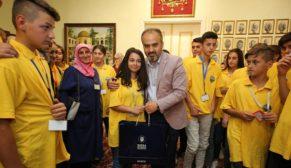 Aktaş Üsküplü gençlere Bursa'yı tanıttı