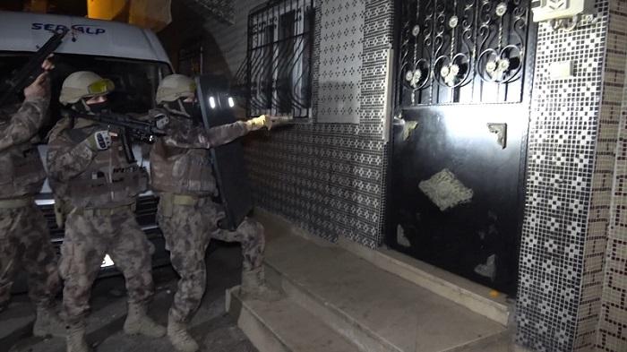 250 polisle şafak operasyonu