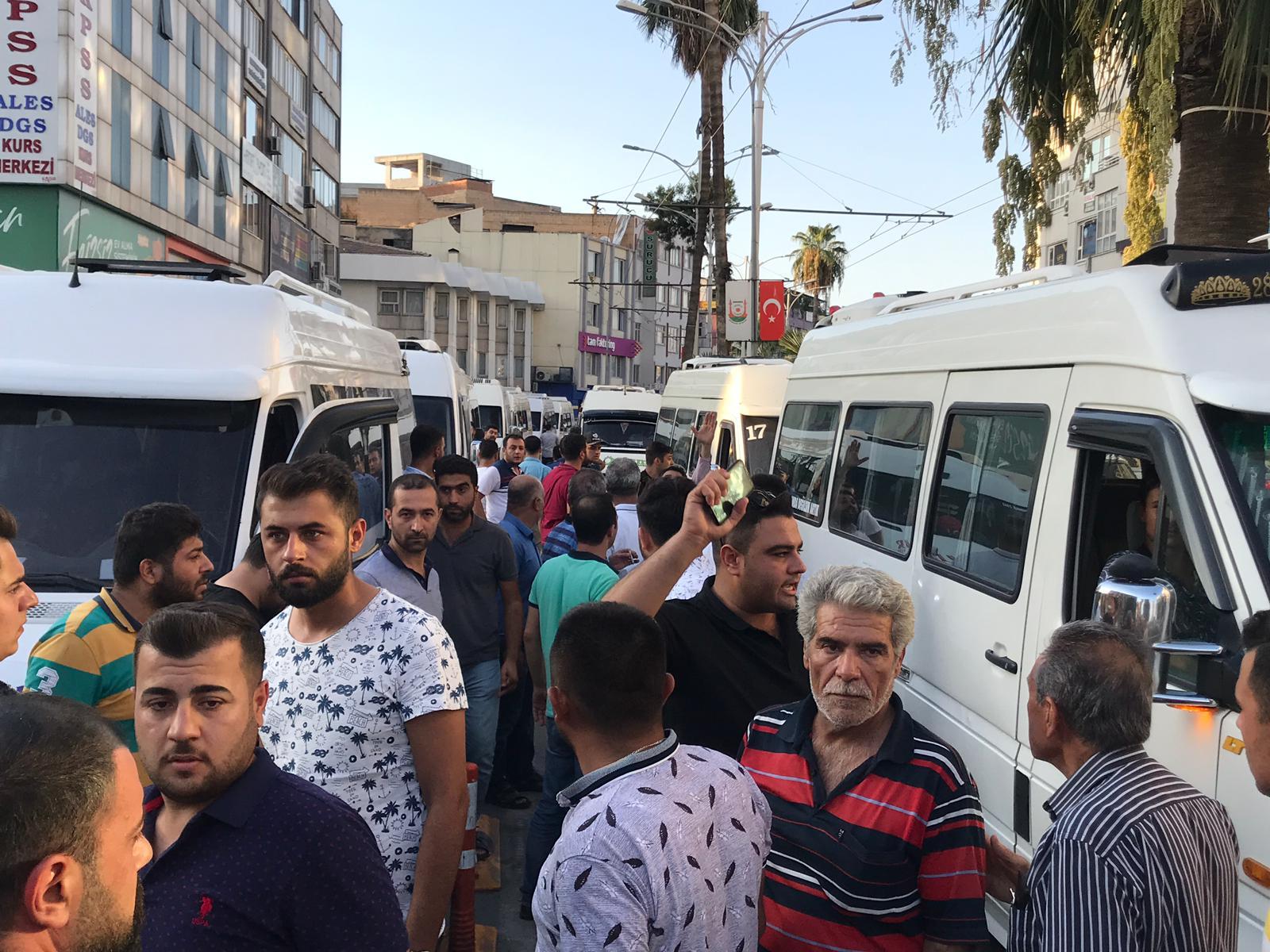 Şanlıurfa Büyükşehir'i protesto ettiler