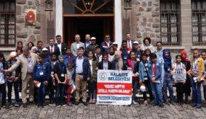 Demirkol'dan başarılı öğrencilere Ankara'da tarih turu