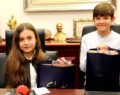 Büyükşehir belediyesi minik başkana emanet