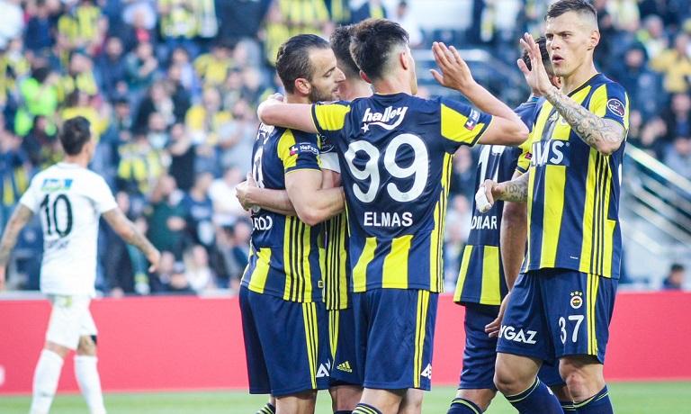 Fenerbahçe'de yaprak dökümü devam ediyor