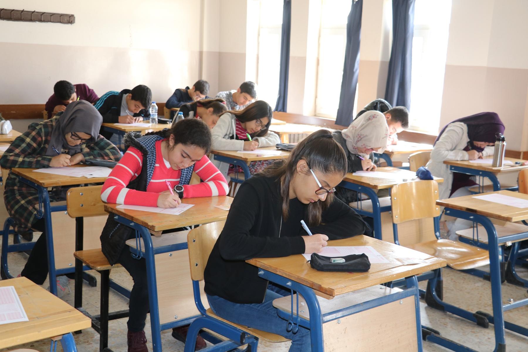 Karaköprü'de ödüllü deneme sınavı