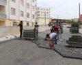 Seyrantepe'de yollar kilitli parkeyle döşeniyor