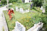 Mezarlıklar Bayram ziyaretine hazırlanıyor