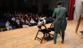 Siverek Belediyesin'den öğrencilere sirk etkinliği