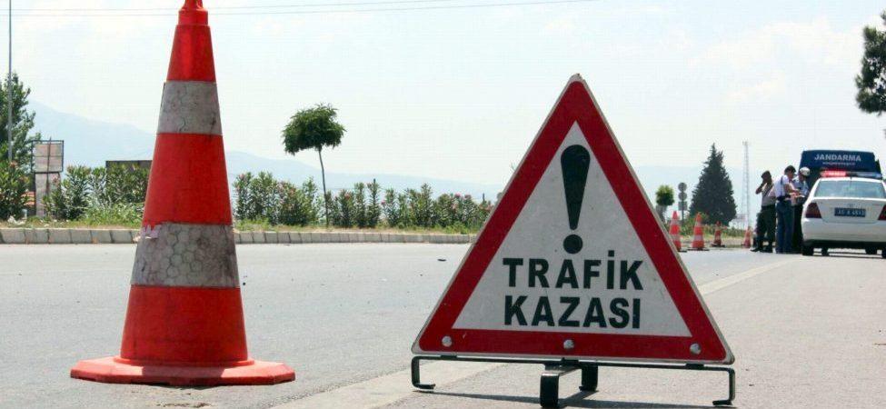TIR'lar çarpıştı: 2 ölü, 1 yaralı