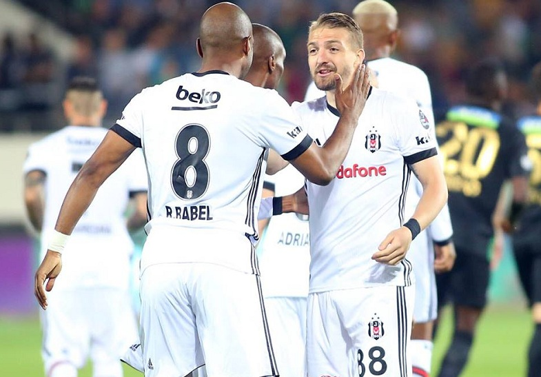 Beşiktaş emin adımlarla