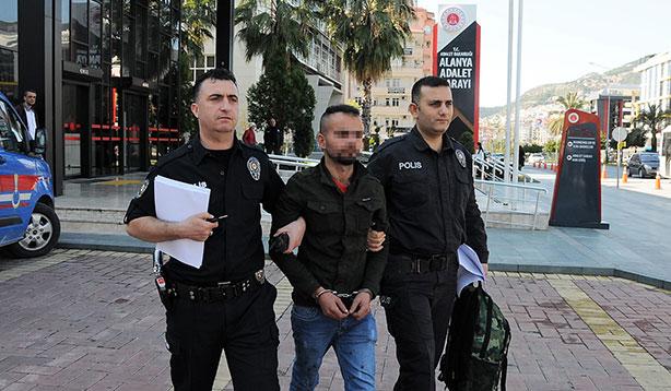 Yangın sırasında hırsızlık yapan zanlı tutuklandı