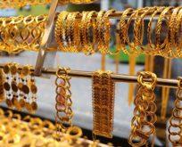 Altınlar vitrinde kaldı