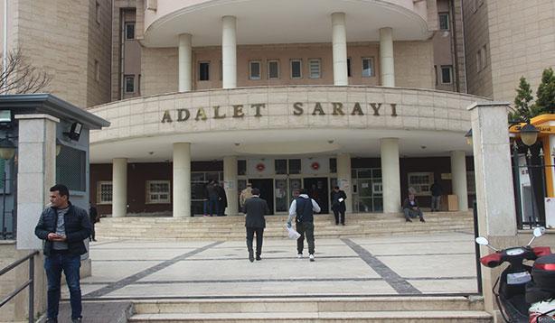 Adliyeye sevk edilen 9 avukat serbest kaldı