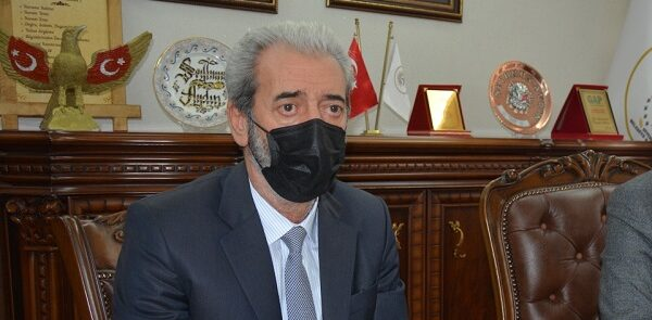 Siverek Belediye Başkanı istifa etti