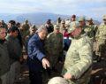 Bakan Akar patlama bölgesinde