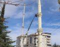 Şanlıurfa'da depremde kayan cami minaresi yıkıldı