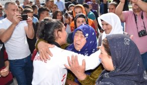 Dünya ikincisi olan Zelal, Viranşehir'in gururu oldu