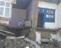 Van depreminde evler hasar gördü