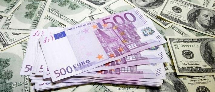 Euro'dan yeni rekor, dolar 3 ayın zirvesinde
