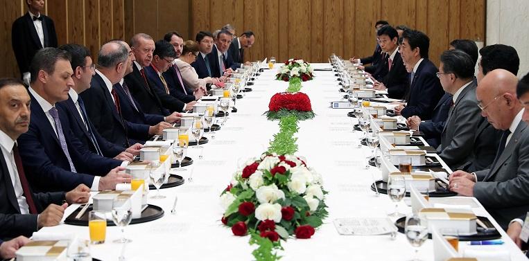 Cumhurbaşkanı Erdoğan, Japonya Başbakanı Abe ile bir araya geldi
