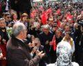 Büyükerşen belediye önünde coşkuyla karşılandı