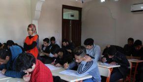 Eyyübiye belediyesi ile 78 öğrenci üniversiteli oldu