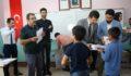 Ekinci öğrencilere ayakkabı dağıttı