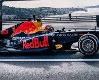 F1 gösterisi tüm dünyada yayında