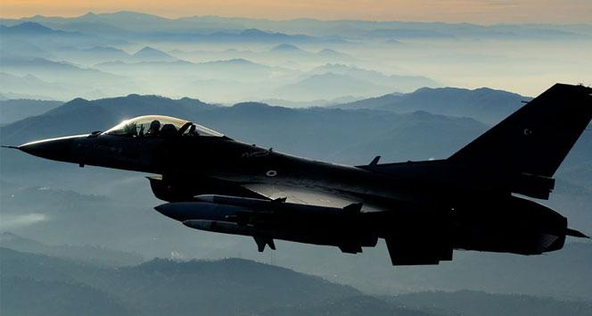 Türkiye F-16 ile Suriye hava sahasında