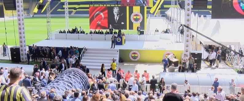 Fenerbahçe'de tarihi seçim başladı