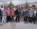 Polisin durdurduğu minibüste 31 kaçak göçmen yakalandı