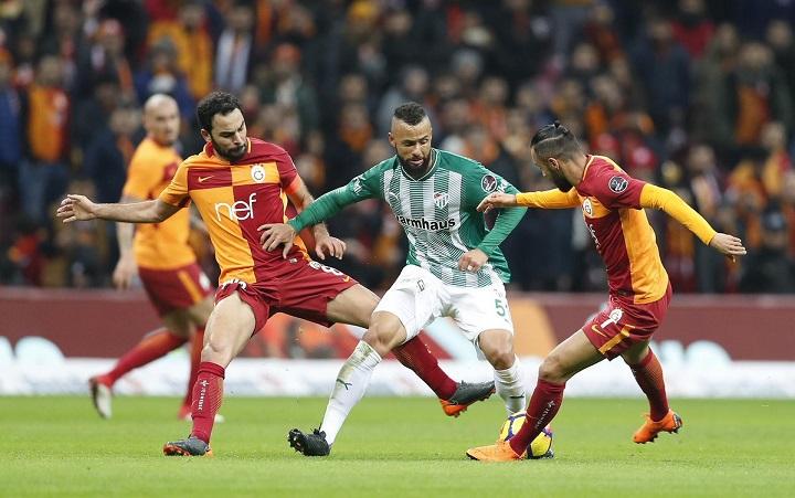 Galatasaray, Bursa'yı 5 golle uğurladı