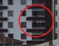 Genç kızın 4'üncü kattan düşme anı kamerada