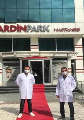 66 yaşındaki hasta korona virüsü yenerek taburcu oldu