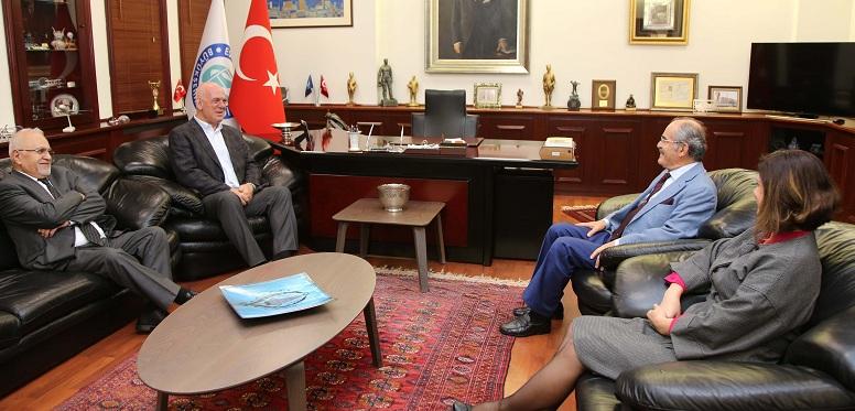 Hentbol federasyonu Başkanı'ndan Büyükerşen'e ziyaret