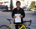 Bisikletli gence kırmızı ışık cezası