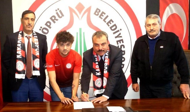Galatasaray'lı oyuncu Karaköprü Belediyespor'da