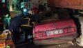 Otomobil tırın altına girdi