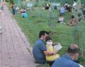 Çocukları ile birlikte kitap okudular