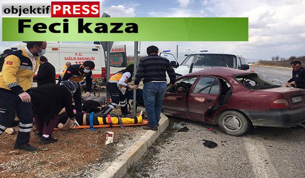 Otomobille minibüs çarpıştı: 1 ölü, 3 yaralı