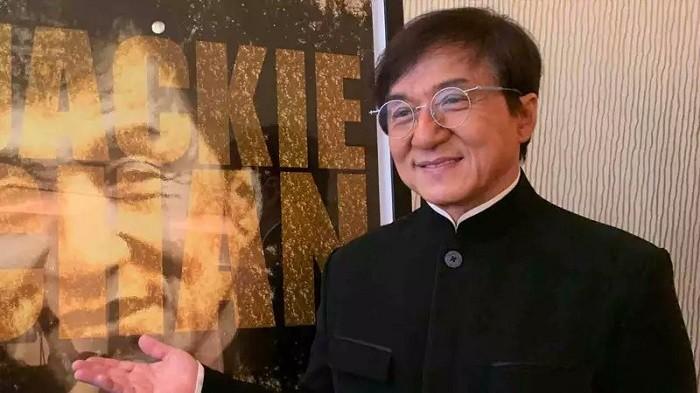 Jackie Chan'den korona virüsü için büyük ödül