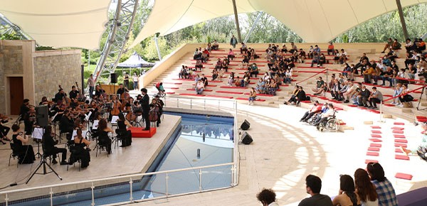 Açık havada klasik müzik konserleri devam ediyor