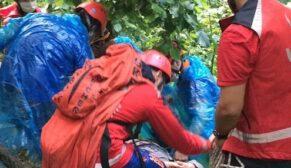 Sel nedeniyle mahsur kalan 24 kişi kurtarıldı