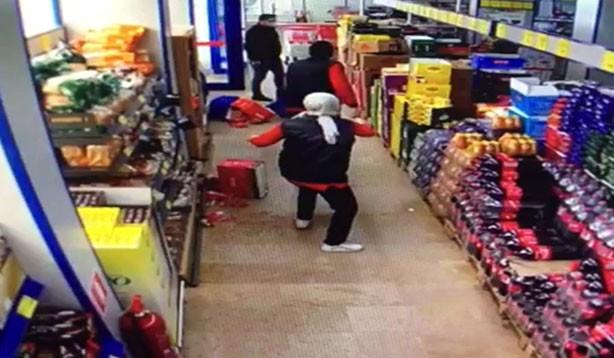 Maskesiz alışveriş gerilimi ceza ile bitti