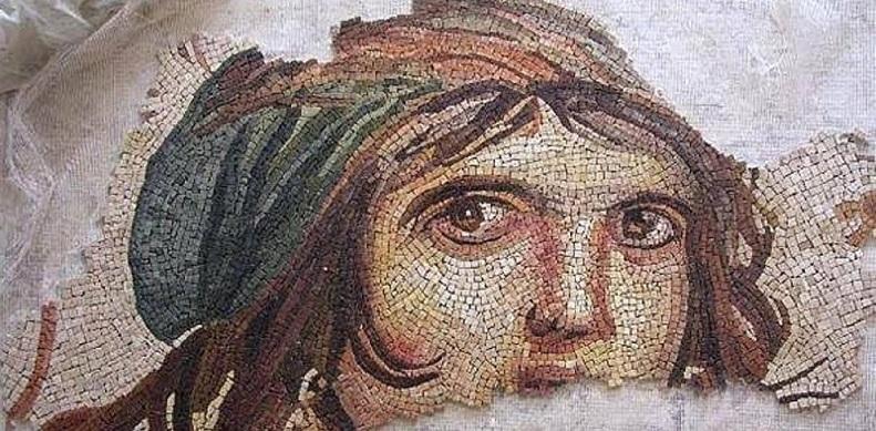 Çingene kızı mozaiği Türkiye'de