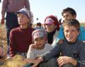 İşçi çocuklar için çadırda eğitim
