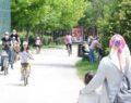 Yasağın kalkmasıyla çocuklar parklara akın etti