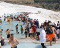 Pamukkale bayram tatilinde ziyaretçi akınına uğradı
