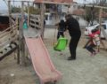 Parkı vatandaş yaptı , zabıta yıkmaya çalışıyor