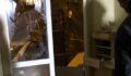 Bir evde patlama: Ortalık savaş alanına döndü